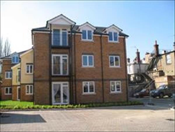 Beehive Court, Stream Lane, Edgware,  HA8 7YB